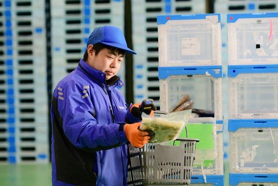物流アウトソーシングとは、物流業務の全般を委託することが出来るサービス