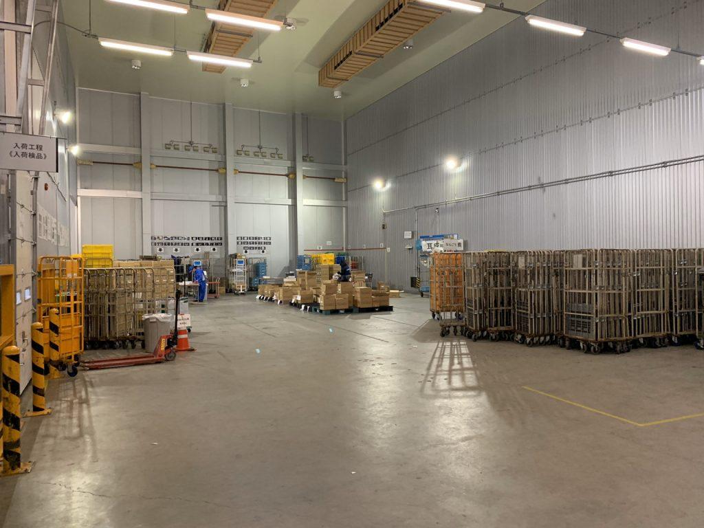 冷凍・冷蔵・食品の倉庫内の様子です