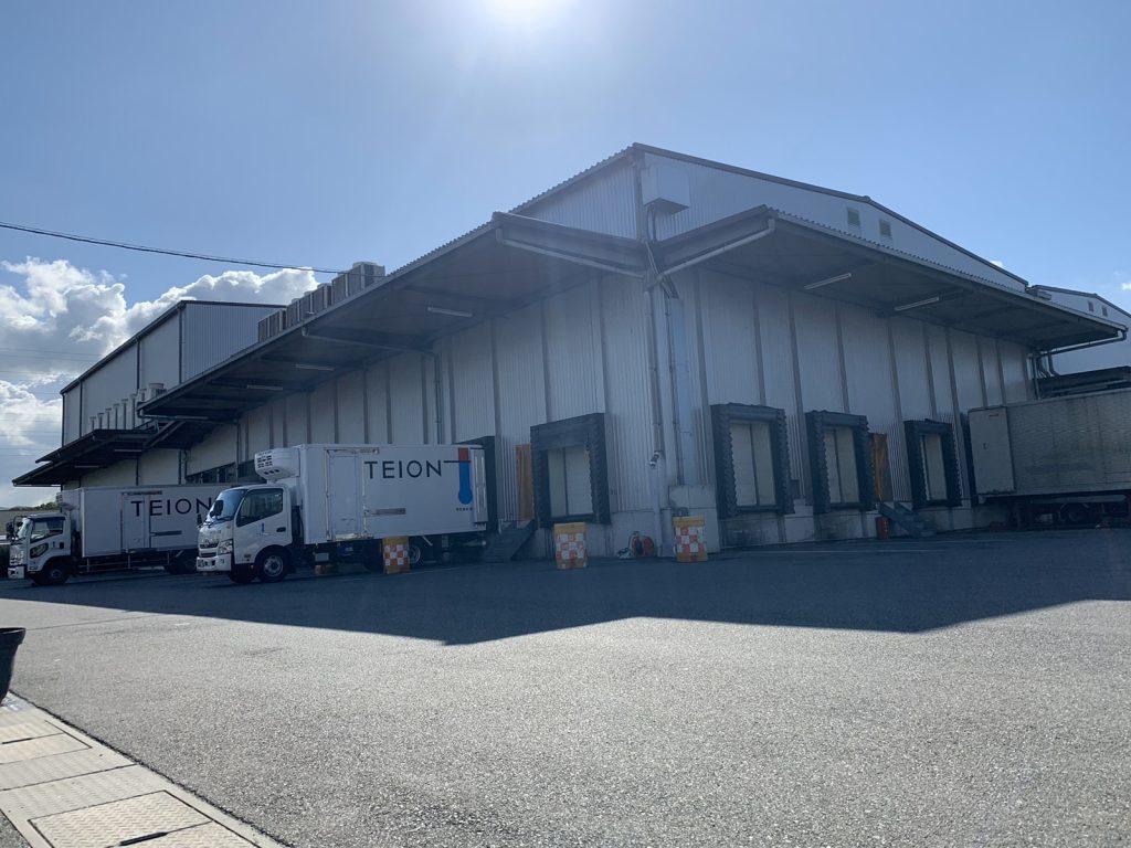 冷凍食品、冷蔵食品に特化した3PL事業の物流倉庫です。